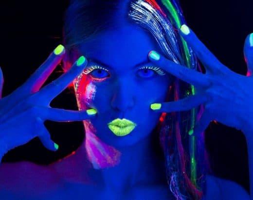 glow in the dark paint
