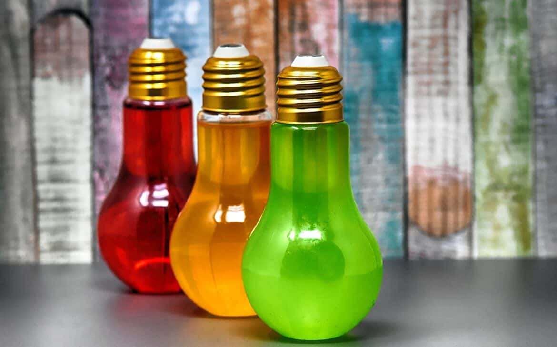 Painted LED light bulbs