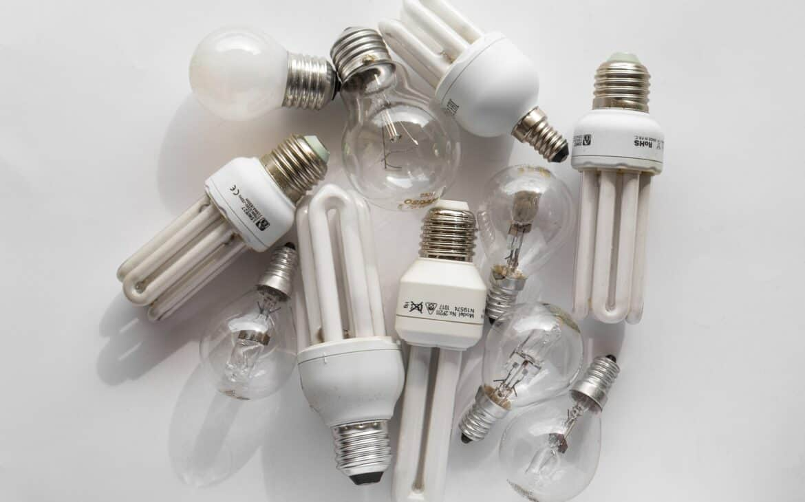 LED bulbs containing mercury
