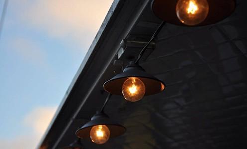 Light bulbs installed outdoors